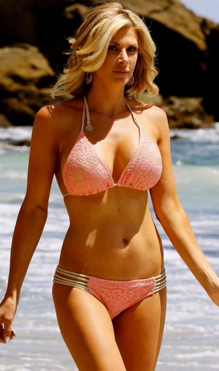 alexis_bellino_bikini_laguna_sand3