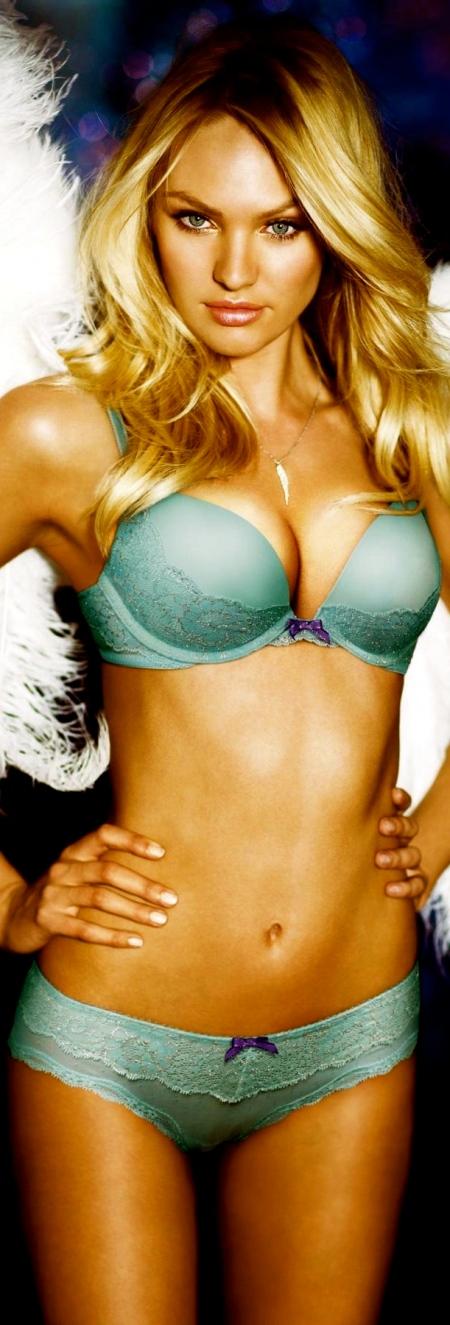 beauty-vs-angel-dream-angels-candice-swanepoel-victorias-secret-hi-res-victoria-secret-157764501