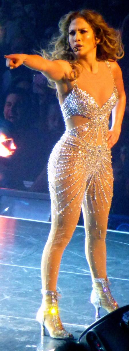 Jennifer_Lopez_18,_2012