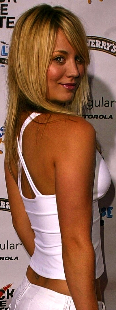 kaley-cuoco-rock-the-vote-national-bus-tour-concert-in-hollywood-1968010039