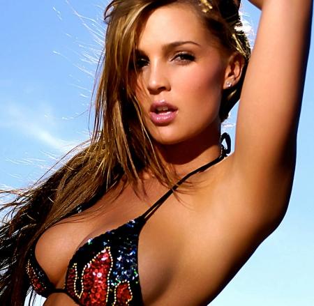 Danielle Lloyd 07
