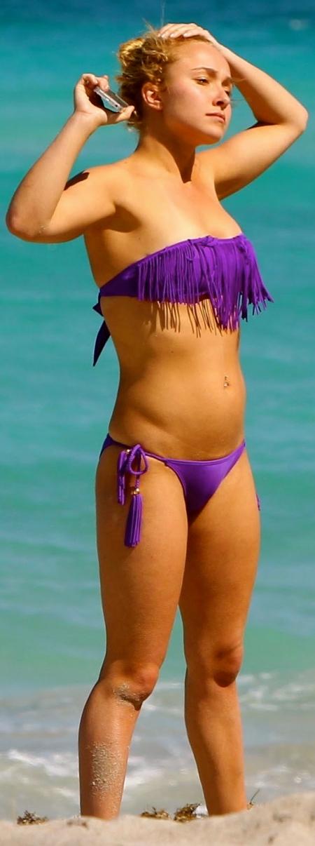 hayden-panettiere-photos-in-purple-bikini-at-the-beach-in-hollywood-florida-celebsnext-beach-552484987