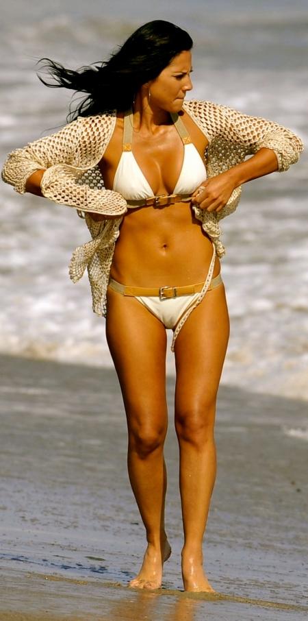 oliviamunn-shapebikinishoot-hq-lo-bikini-208128704