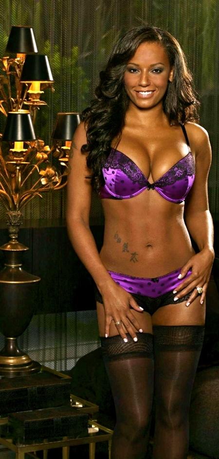 melanie-brown-ultimo-lingerie-hot-431011816