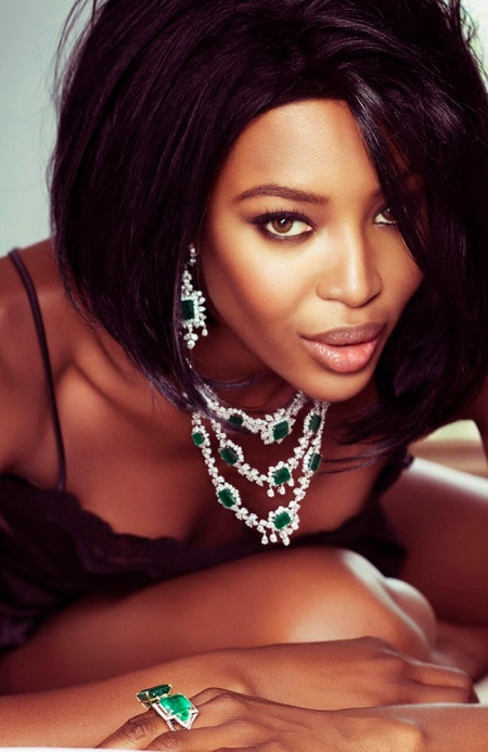 naomi-campbell-by-jacques-dequeker-for-vogue-brazil-may-2013-6