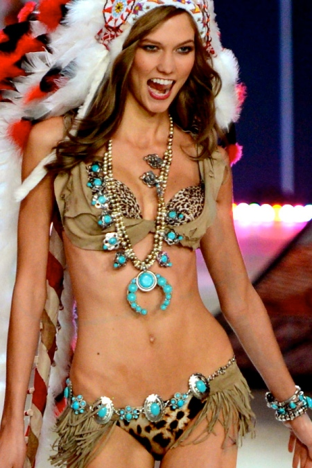 Karlie-Kloss-Angel-Victoria-Secret-show