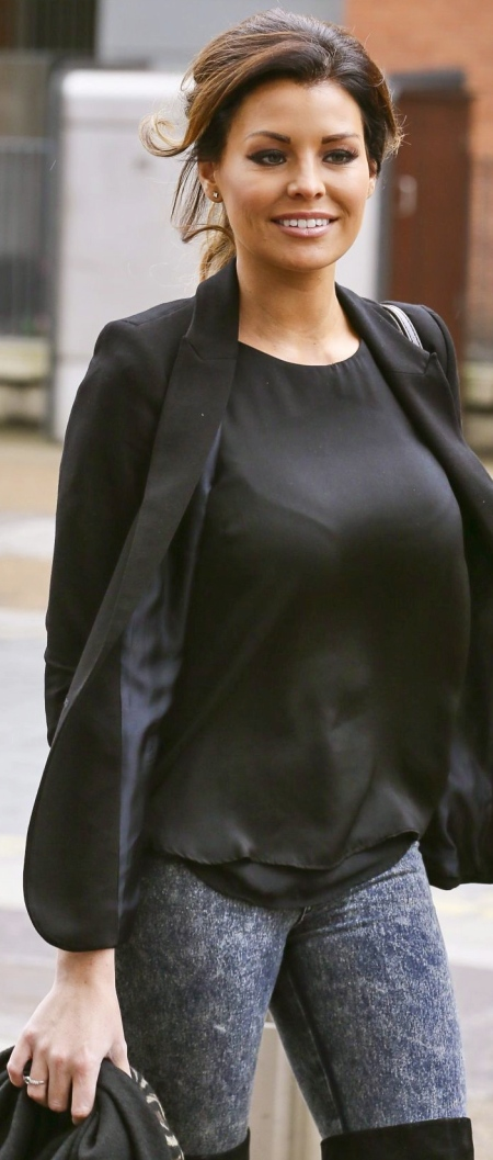 jessica-wright-out-and-about-in-london-2410_1-1