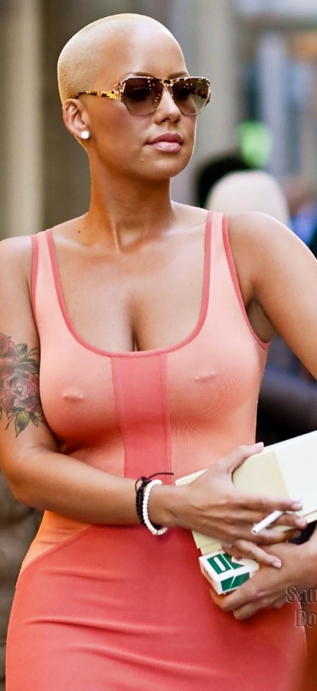 Amber-Rose-pink-dress-in-NYC-SPL