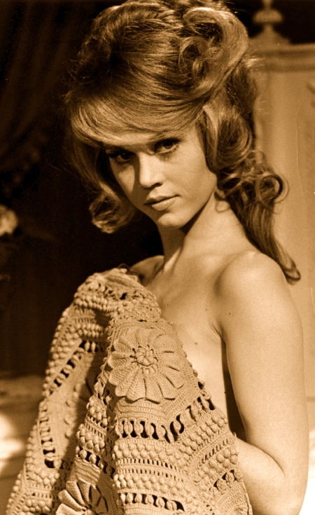 019-jane-fonda-theredlist