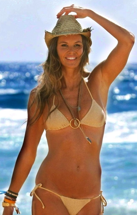beach-bikini-elle-macpherson-wallpapers-hd-wallpaper-1904177384