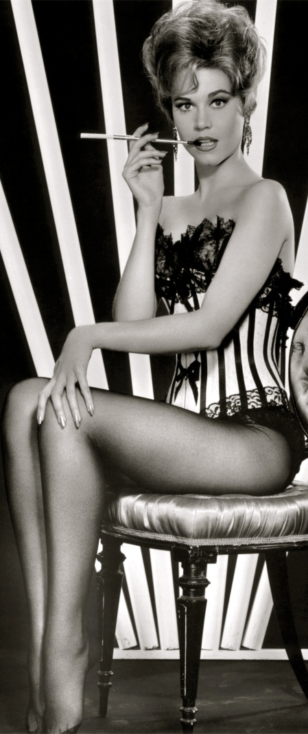 Jane-Fonda-classic-movies-9491087-1749-2200