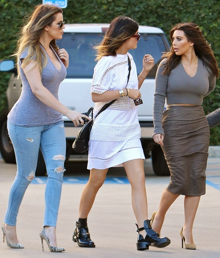 Kim-and-Khloe-Kardashian-with-Kylie-Jenner-5