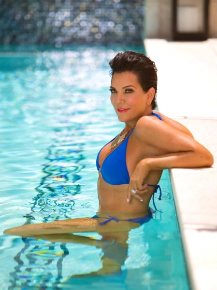 kris-jenner-nick-saglimbeni-bikini-photo-shoot-new-idea-magazine-australia-5-600x899