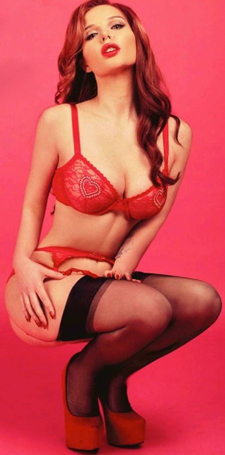 helen-flanagan-in-nuts-magazine-february-21st-2014-issue_1