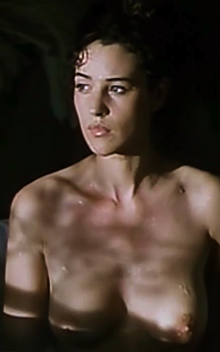 Monica-Bellucci-Topless-in-movie