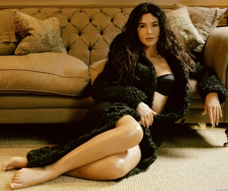 monica-bellucci-wallpaper-103008616