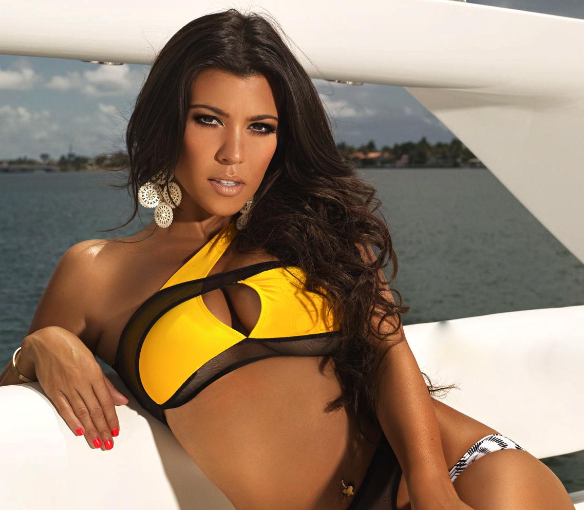 Fotos Kourtney Mary Kardashian nude (76 photo), Topless, Hot, Selfie, in bikini 2006