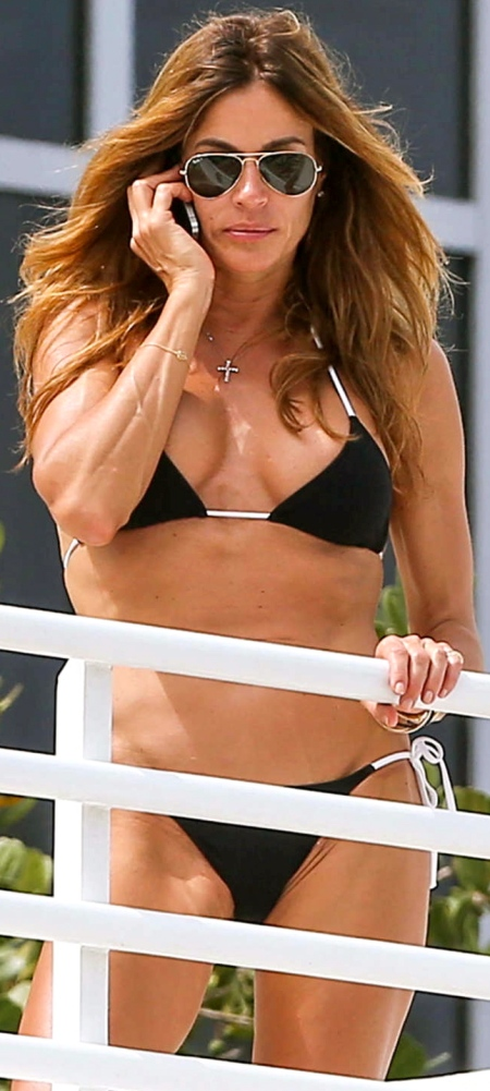 Kelly-Bensimon-in-Black-Bikini-in-Miami--01