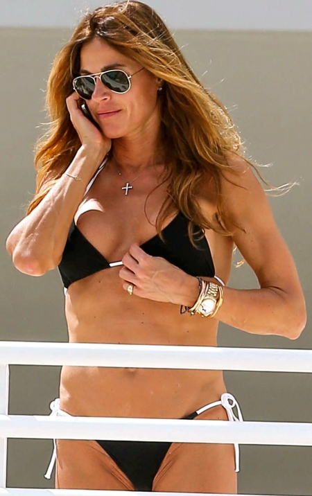Kelly-Bensimon-in-Black-Bikini-in-Miami--05