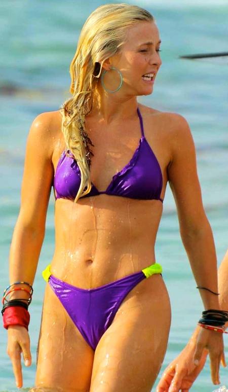 0524-julianne-hough-bikini-15