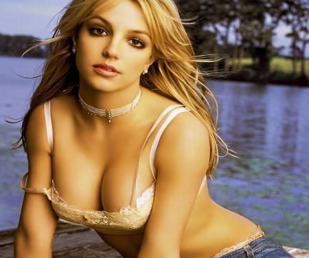 Britney-britney-spears-33448831-1024-768