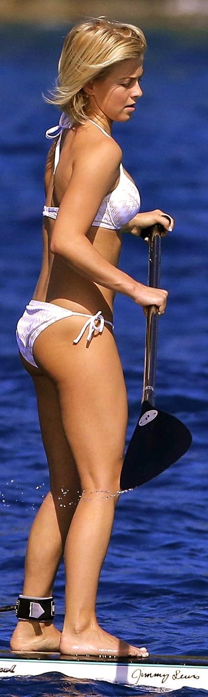julianne-hough-in-bikini-on-vacation-in-st-barts-bikini-556159347