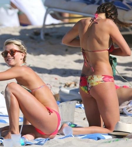 nina-dobrev-and-julianne-hough-bikinis-in-miami-bikini-108301567