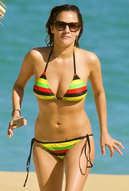 caroline-flack-in-bikini-at-a-beach-in-jamaica_1