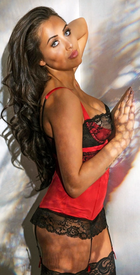 lovehoney_adore_me_basque_in_red_2_