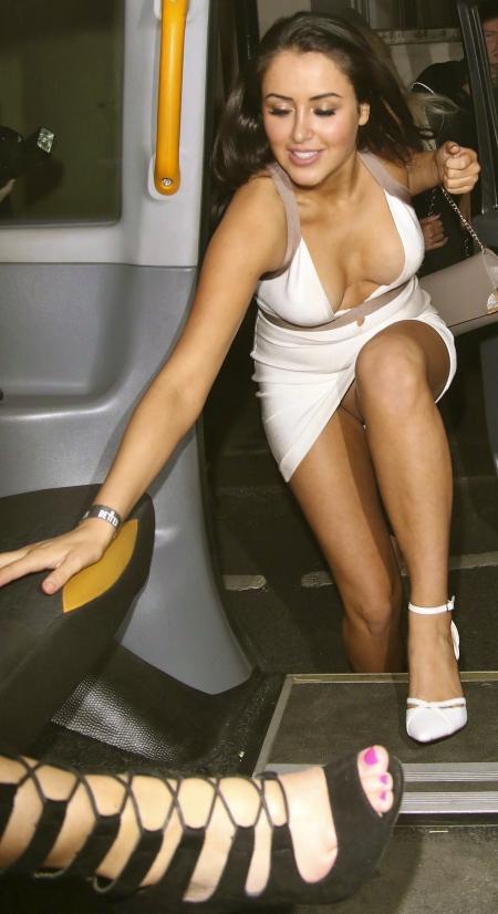 marnie-simpson-pantyless-upskirt-areola-peek-reality-tv-awards-08