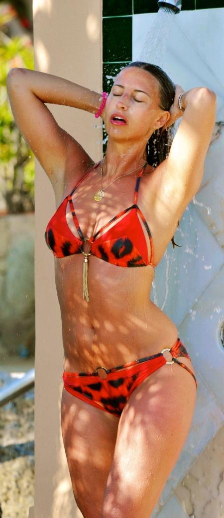ferne-mccann-in-bikini-at-pool-in-spain-3d61da2d45e2840f6142e2a02fd8468c-large-1682784
