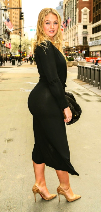 iskra-lawrence-sexy-candid-shots-in-tight-black-dress-in-new-york-april-2016-3
