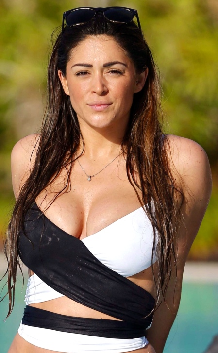 casey-batchelor-is-seen-as-she-cools-down-poolside-on-holiday-in-tenerife_1