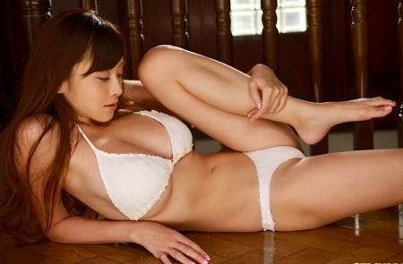 anri-sugihara-20