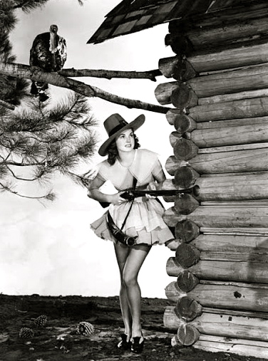 esther-williams-thanksgiving-1945_opt