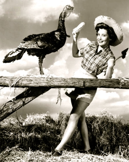 thanksgiving-vintage-pinup-gloria-dehaven