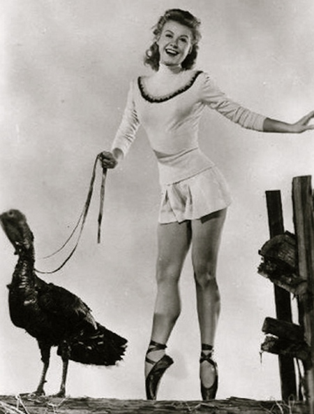 vintage-thanksgiving-pinups-15