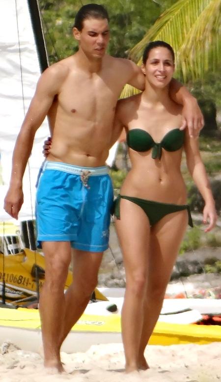 rafael-nadal-shirtless-beach-vacation-with-maria-perrello