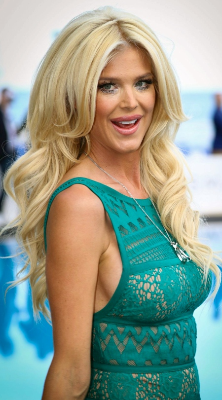 victoria-silvstedt-amber-lounge-monaco-may-2016-1