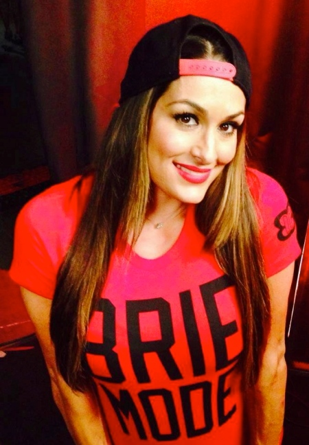 diva-nikki-bella-cute