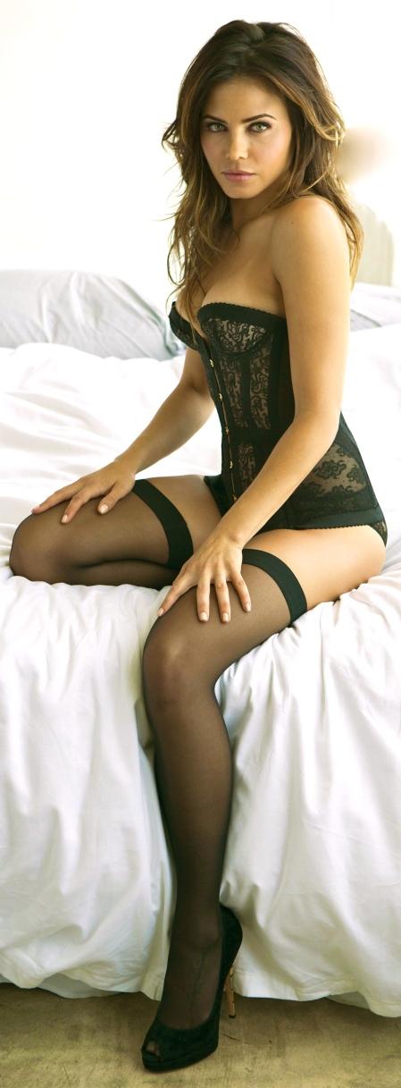 jenna-dewan-tatum-in-esquire-2013-04
