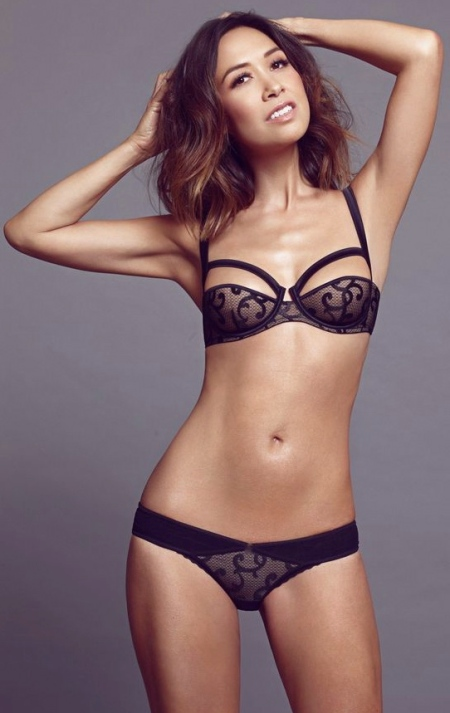 myleene-klass-unveils-her-new-christmas-lingerie-collection-for-littlewoodscom
