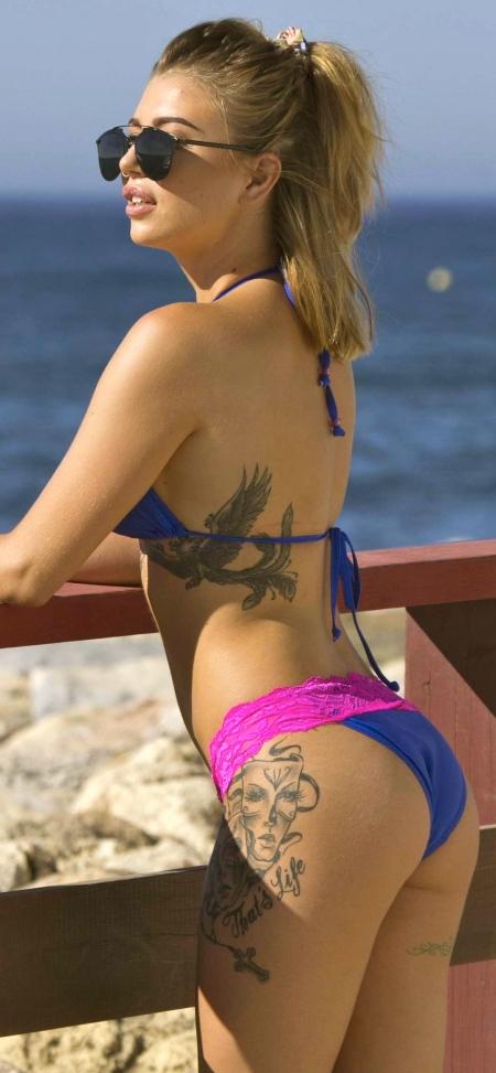 olivia-buckland-in-bikini-2016-03